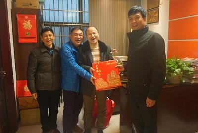 商会领导赴河池、柳州两市慰问会员