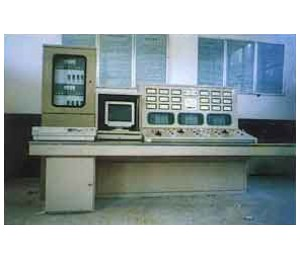 """三遥""""带通讯自动化机组控制屏"""
